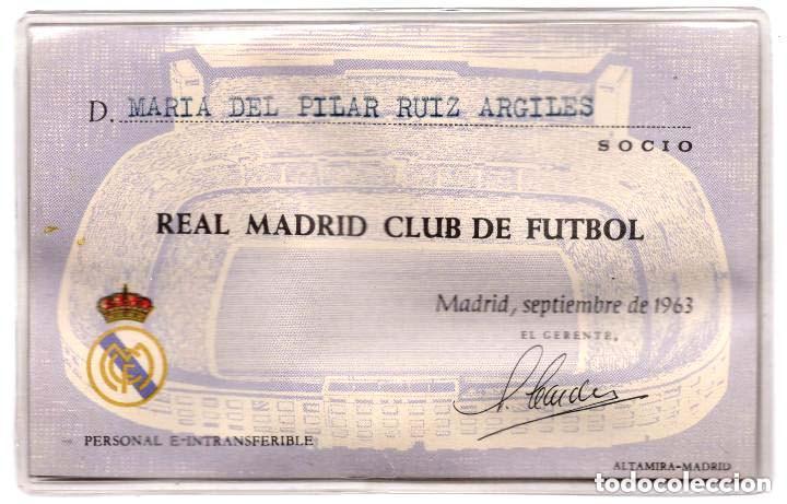 Coleccionismo deportivo: REAL MADRID.- CARNET DE SOCIO FEMENINO DEL REAL MADRID. 1963 - Foto 2 - 156000950