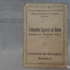 Coleccionismo deportivo: ANTIGUO CARNET FEDERACIÓN ESPAÑOLA DE BOXEO - LICENCIA BOXEADOR AMATEUR AÑOS 30. Lote 159554070