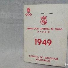 Coleccionismo deportivo: ANTIGUO CARNET FEDERACIÓN ESPAÑOLA DE BOXEO - LICENCIA BOXEADOR AFICIONADO AÑO 1949. Lote 159554494