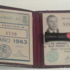 Coleccionismo deportivo: CARNET SOCIO REAL MADRID 1954. CON CUPÓN DEL AÑO 1963.. Lote 176869480