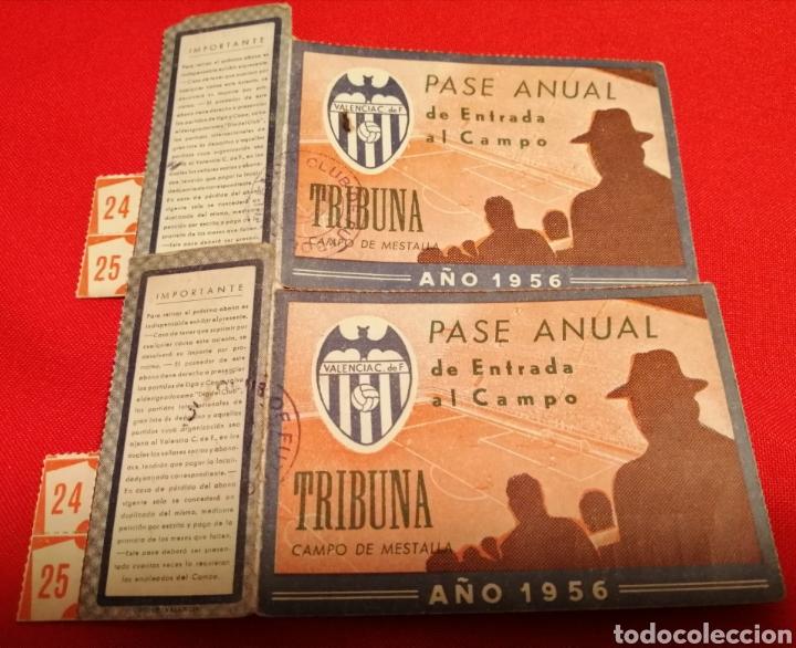 Coleccionismo deportivo: VALENCIA. C.F. LOTE 2 PASES 1956. MESTALLA. MISMO SOCIO - Foto 3 - 189781252