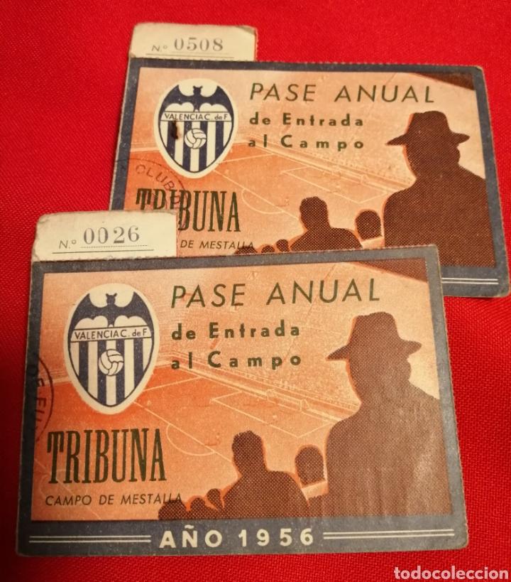 VALENCIA. C.F. LOTE 2 PASES 1956. MESTALLA. MISMO SOCIO (Coleccionismo Deportivo - Documentos de Deportes - Carnet de Socios)