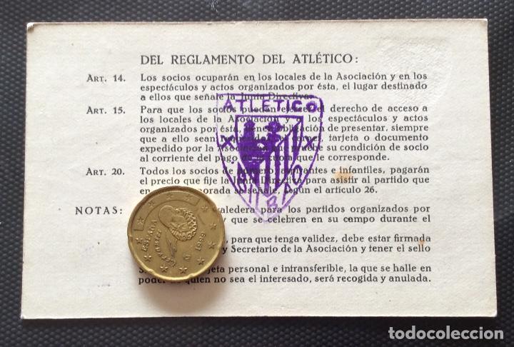 Coleccionismo deportivo: ATHLETIC CLUB DE BILBAO TARJETA DE SOCIA .AÑO 1943 - Foto 2 - 196192117