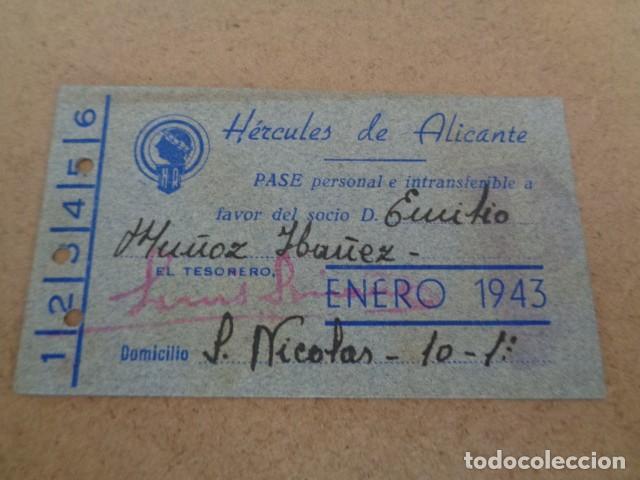 HERCULES DE ALICANTE. PASE PERSONAL ENERO 1943. (Coleccionismo Deportivo - Documentos de Deportes - Carnet de Socios)