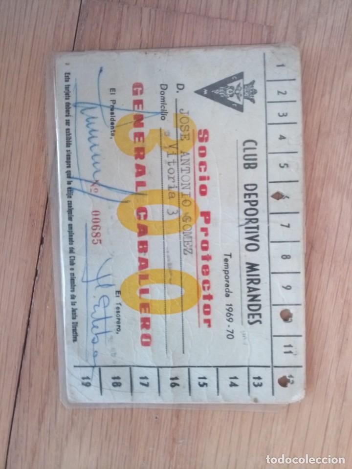 Coleccionismo deportivo: Carnet fútbol club deportivo mirandés 1969 - Foto 2 - 200263572