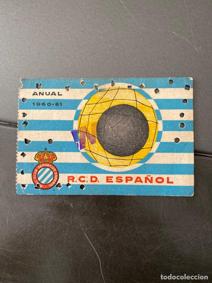 CARNET SOCIO FUTBOL RCD ESPAÑOL ANUAL 1960/61 (Coleccionismo Deportivo - Documentos de Deportes - Carnet de Socios)