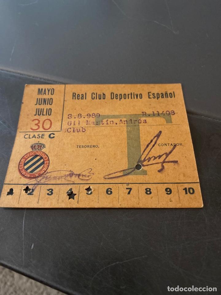 CARNET SOCIO RCD ESPAÑOL AÑOS 40 TRIMESTRAL (Coleccionismo Deportivo - Documentos de Deportes - Carnet de Socios)