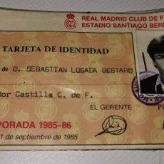 Colecionismo desportivo: CARNET DEL JUGADOR DEL REAL MADRID LOSADA PARA ENTRAR AL BERNABEU TEMPORADA 1985.1986. Lote 210518198