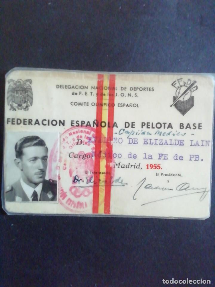 CARNÉ FEDERACIÓN ESPAÑOLA DE PELOTA BASE (BÉISBOL) 1955 (Coleccionismo Deportivo - Documentos de Deportes - Carnet de Socios)