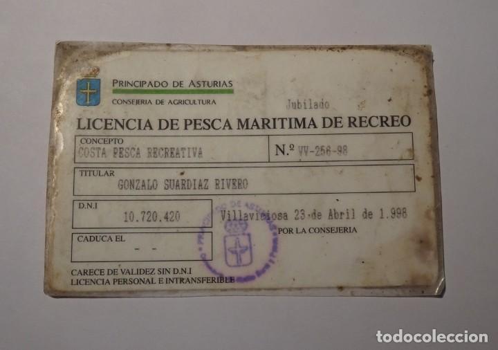 LICENCIA DE PESCA MARITIMA DE RECREO COSTA 1998 VILLAVICIOSA PRINCIPADO DE ASTURIAS AGRICULTURA (Coleccionismo Deportivo - Documentos de Deportes - Carnet de Socios)