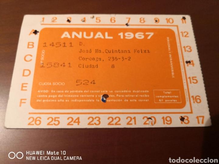 Coleccionismo deportivo: Lote de carnets antiguos futbol club barcelona - Foto 7 - 221918705