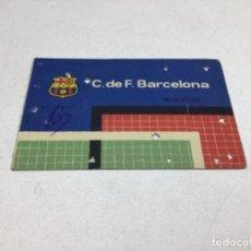 Coleccionismo deportivo: CARNET DE SOCIO F.C. BARCELONA - ANUAL AÑO 1961. Lote 243858310