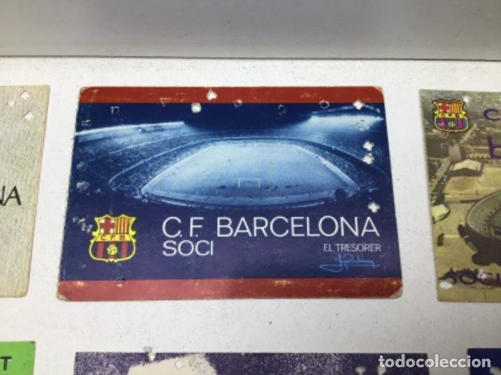Coleccionismo deportivo: LOTE CARNETS DE SOCIO F.C. BARCELONA - ANUAL - DESDE AÑO 1971 HASTA 1987 - SON 17 CARNETS - Foto 5 - 243867345