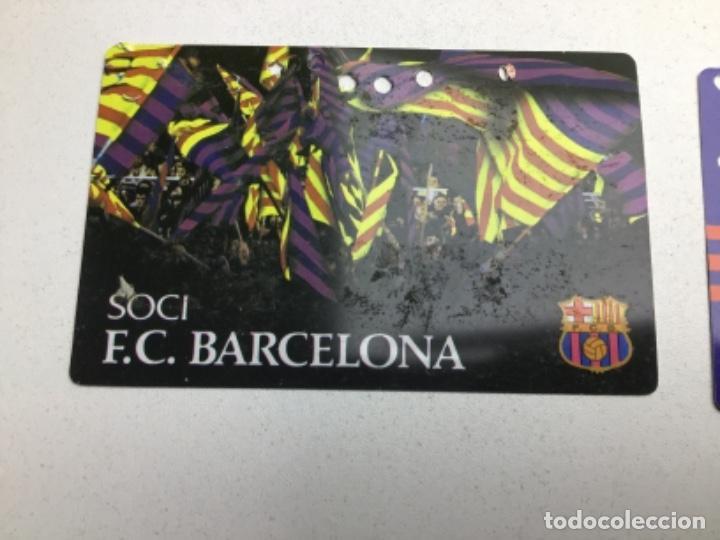 Coleccionismo deportivo: LOTE CARNETS DE SOCIO F.C. BARCELONA - ANUAL - DESDE AÑO 1971 HASTA 1987 - SON 17 CARNETS - Foto 13 - 243867345