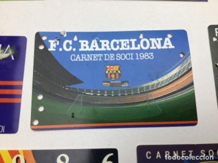 Coleccionismo deportivo: LOTE CARNETS DE SOCIO F.C. BARCELONA - ANUAL - DESDE AÑO 1971 HASTA 1987 - SON 17 CARNETS - Foto 15 - 243867345