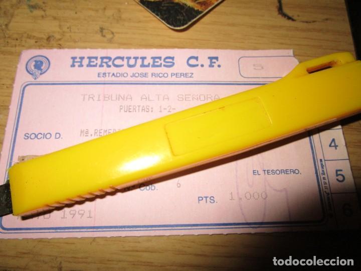 HERCULES ALICANTE FUTBOL CARNET ABONO SOCIO ESPECIAL CAJA ALICANTE TEMPORADA 1990 1991 (Coleccionismo Deportivo - Documentos de Deportes - Carnet de Socios)