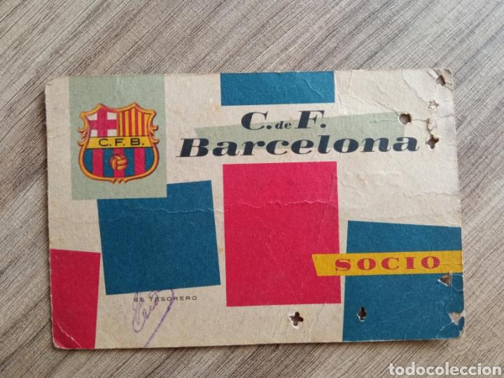 CARNET SOCIO FC BARCELONA 1960. FÚTBOL. DEPORTE. BARÇA.RCD ESPANYOL.RFEF.R MADRID. AT MADRID (Coleccionismo Deportivo - Documentos de Deportes - Carnet de Socios)