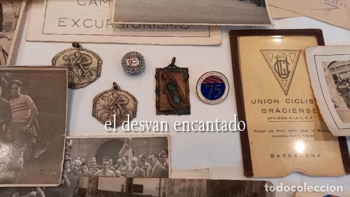 Coleccionismo deportivo: CLUB CICLISTA GRACIA. Barcelona. Interesante lote fotos-carnets-insignia-medallas... Años 30 a 80 - Foto 2 - 274237118