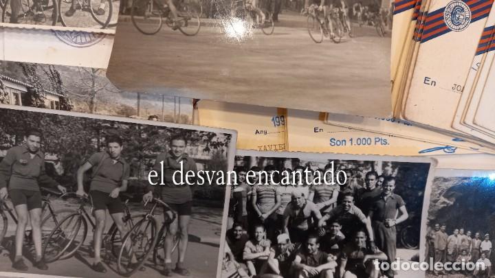 Coleccionismo deportivo: CLUB CICLISTA GRACIA. Barcelona. Interesante lote fotos-carnets-insignia-medallas... Años 30 a 80 - Foto 6 - 274237118