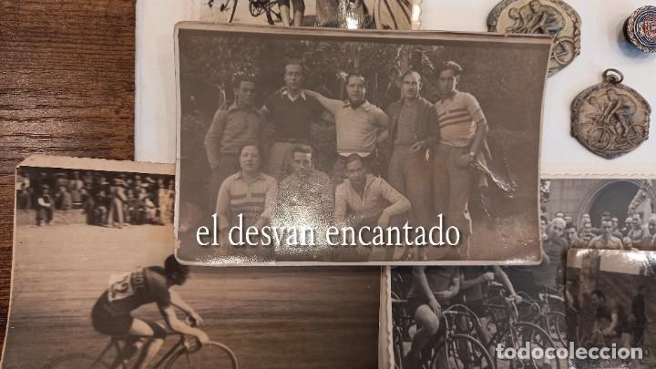 Coleccionismo deportivo: CLUB CICLISTA GRACIA. Barcelona. Interesante lote fotos-carnets-insignia-medallas... Años 30 a 80 - Foto 8 - 274237118