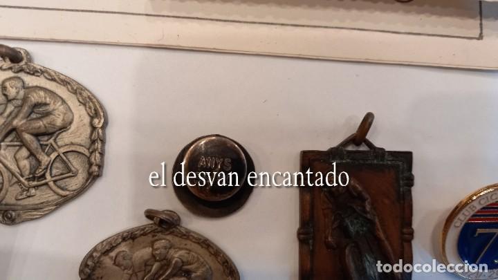 Coleccionismo deportivo: CLUB CICLISTA GRACIA. Barcelona. Interesante lote fotos-carnets-insignia-medallas... Años 30 a 80 - Foto 9 - 274237118