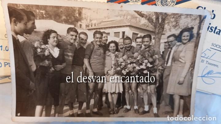Coleccionismo deportivo: CLUB CICLISTA GRACIA. Barcelona. Interesante lote fotos-carnets-insignia-medallas... Años 30 a 80 - Foto 18 - 274237118