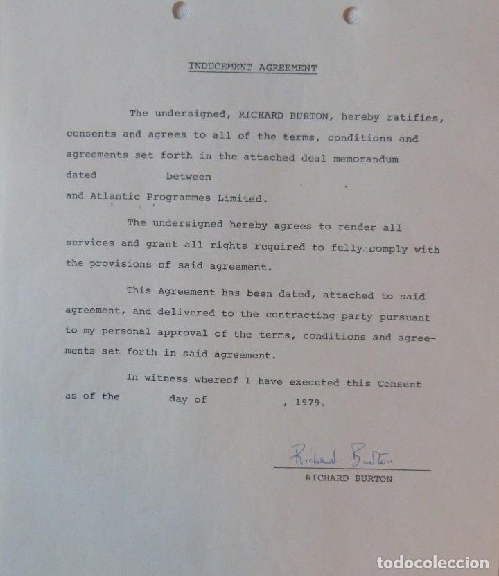 Cartas comerciales: Richard Burton signed contract/1979/ 8 ½ x 11 - Foto 3 - 109449623
