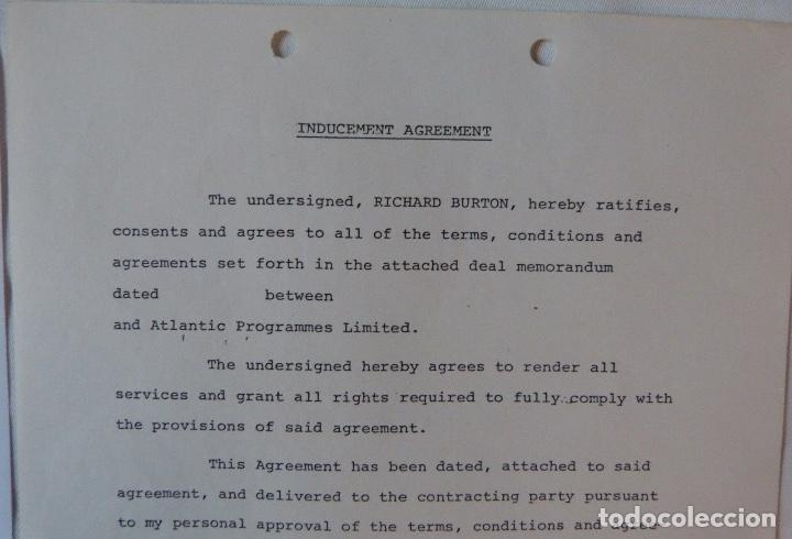 Cartas comerciales: Richard Burton signed contract/1979/ 8 ½ x 11 - Foto 5 - 109449623