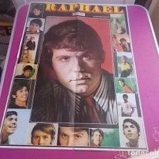 Carteles Espectáculos: IMPRESINANTE CARTEL DE RAPHAEL TAMAÑO GRANDE 1970. Lote 99740623