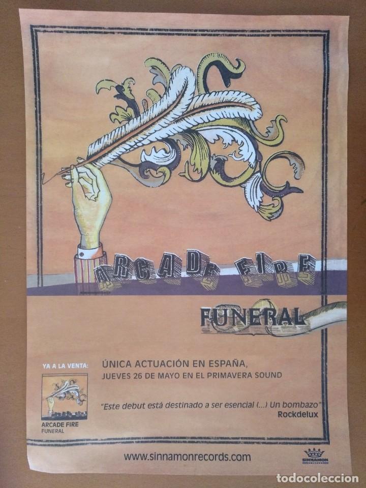 CARTEL ARCADE FIRE FUNERAL SINNAMON RECORDS PRIMAVERA SOUND BARCELONA 30 X 42 CM (APROX) (Coleccionismo - Carteles Gran Formato - Carteles Circo, Magia y Espectáculos)