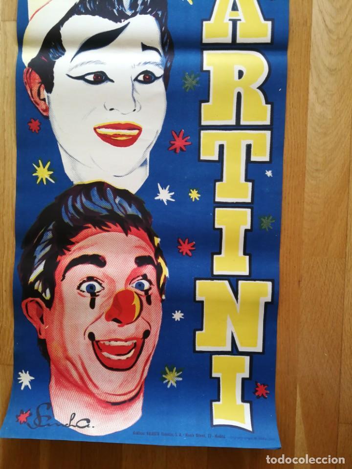 Carteles Espectáculos: Cartel póster 3 martini ( payasos de fama mundial) 39 cm x 111 cm muy buen estado 1961 - Foto 4 - 189489980