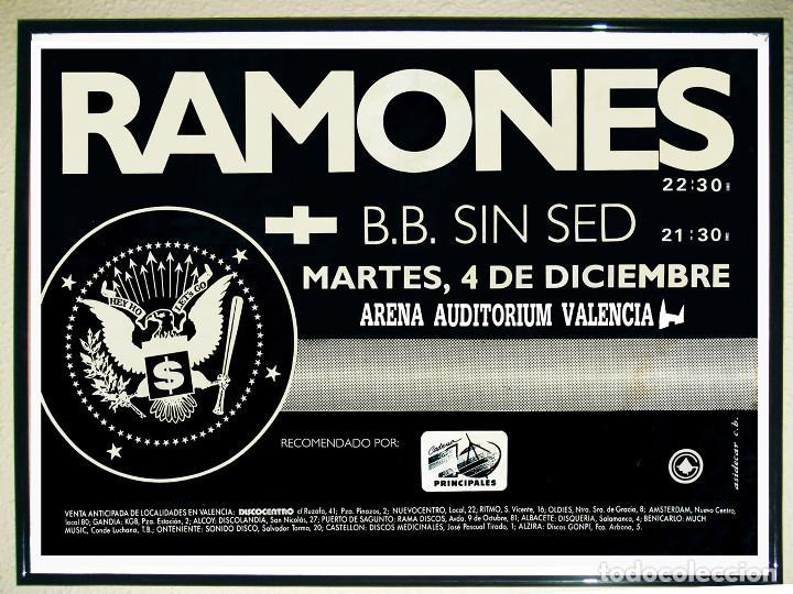Carteles Espectáculos: Cartel grande Concierto - Ramones - En Sala Auditorio Arena Valencia 1990 y Backestag -113 x 80 cms. - Foto 3 - 194744486