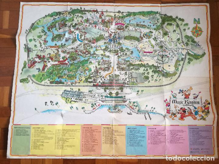 MAPA GUIA PARQUE ATRACCIONES MAGIC KINGDOM OF WALT DISNEY WORLD AÑOS 70 (Coleccionismo - Carteles Gran Formato - Carteles Circo, Magia y Espectáculos)