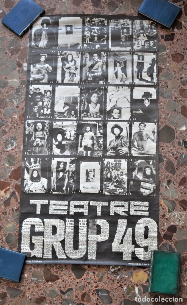 Carteles Espectáculos: CARTEL ORIGINAL TEATRE GRUP49 DE VALENCIA AÑO 1975 - TAMAÑO 42,5 X 81,5 CM - Foto 2 - 197046955