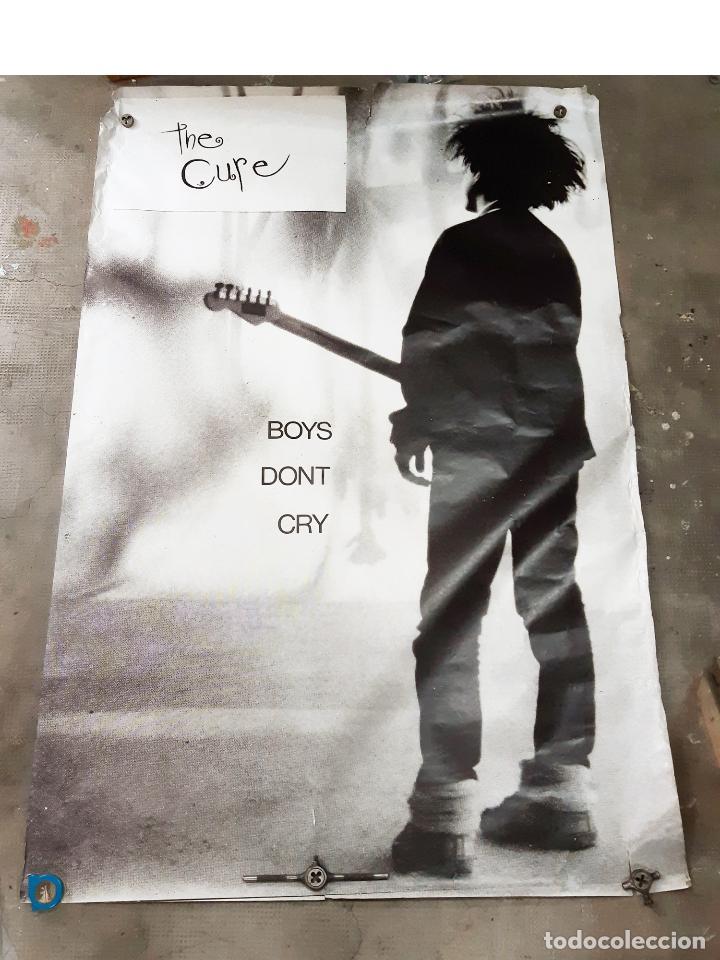 CARTEL O POSTER ORIGINAL DEL CONCIERTO O DISCO DE THE CURE BOYS DON´T CRY (Coleccionismo - Carteles Gran Formato - Carteles Circo, Magia y Espectáculos)