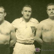 Coleccionismo deportivo: FOTOGRAFIA DE LUCHA LIBRE DE LA PELEA KARTER CONTRA LEGIDO. Lote 4767116