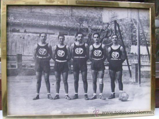 FOTO ENMARCADA DE BALONCESTO-BASKET- B I M (Coleccionismo Deportivo - Carteles otros Deportes)