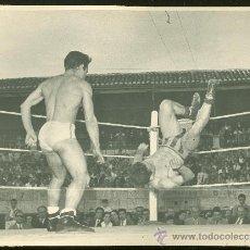 Coleccionismo deportivo: FOTOGRAFIA DE LUCHA LIBRE. . Lote 24892816