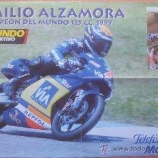 Coleccionismo deportivo: POSTER GRANDE EMILIO ALZAMORA - CAMPEON DEL MUNDO 125 CC - MUNDIAL MOTOCICLISMO 1999 - . Lote 35127421
