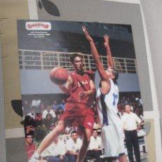 Coleccionismo deportivo: DOBLE POSTER BALONCESTO JUAN CARLOS NAVARRO ESPAÑA BARCELONA 1999 ESPAÑA 2005. Lote 47102799
