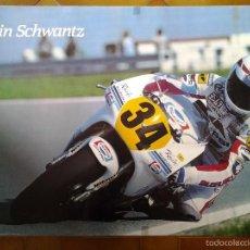 Coleccionismo deportivo: PÓSTER. KEVIN SCHWANTZ. MOTOGP. MOTOS. SUZUKI RGV 500. PEPSI. 90´. Lote 56257020