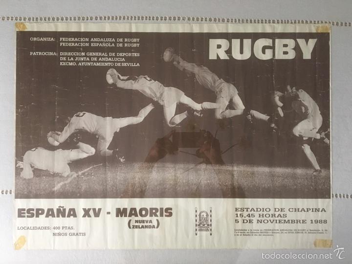 CARTEL HISTÓRICO RUGBY ESPAÑA - MAORIS 1988. CHAPINA SEVILLA. 70*59 CM (Coleccionismo Deportivo - Carteles otros Deportes)