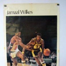 Coleccionismo deportivo: JAMAAL WILKES NBA 1977 POSTER ORIGINAL 59 X 89. Lote 62031028
