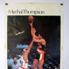 Coleccionismo deportivo: MYCHAL THOMPSON (PORTLAND TRAIL BLAZERS NBA 1979) POSTER ORIGINAL 59 X 89. Lote 62031040