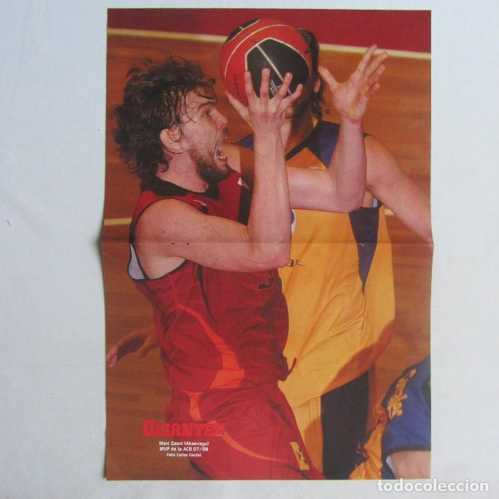 Coleccionismo deportivo: Doble poster Kobe Bryant Lakers. Marc Gasol Akasvayu Girona - Foto 2 - 78518913