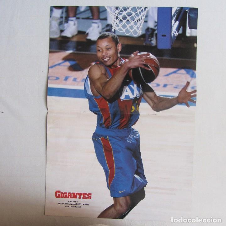 Coleccionismo deportivo: Doble poster Tiago Spliter Tau Vitoria. Alex Acker. Fc. Barcelona, 2007-2008 - Foto 2 - 78519081