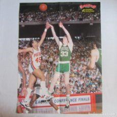 Coleccionismo deportivo: POSTER GRANDE LARRY BIRD Y ADRIAN DANTLEY. BOSTON CELTICS. BALONCESTO. BASKET. Lote 78787673