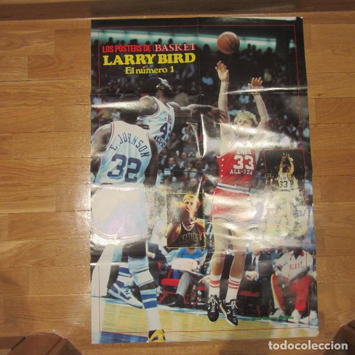 POSTER GIGANTE LARRY BIRD. NUEVO BASKET (Coleccionismo Deportivo - Carteles otros Deportes)