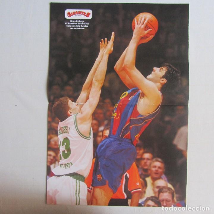 Coleccionismo deportivo: Doble poster Arvydas Sabonis. Real Madrid. Dejan Bodiroga. Real Madrid - Foto 2 - 78790513