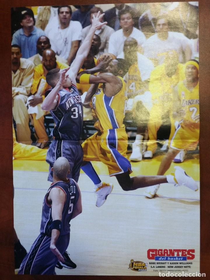 new style f1f4e c0693 Poster Kobe Bryant. Los Angeles Lakers y Aaron Williams. New Jersey Nets.  NBA 2002
